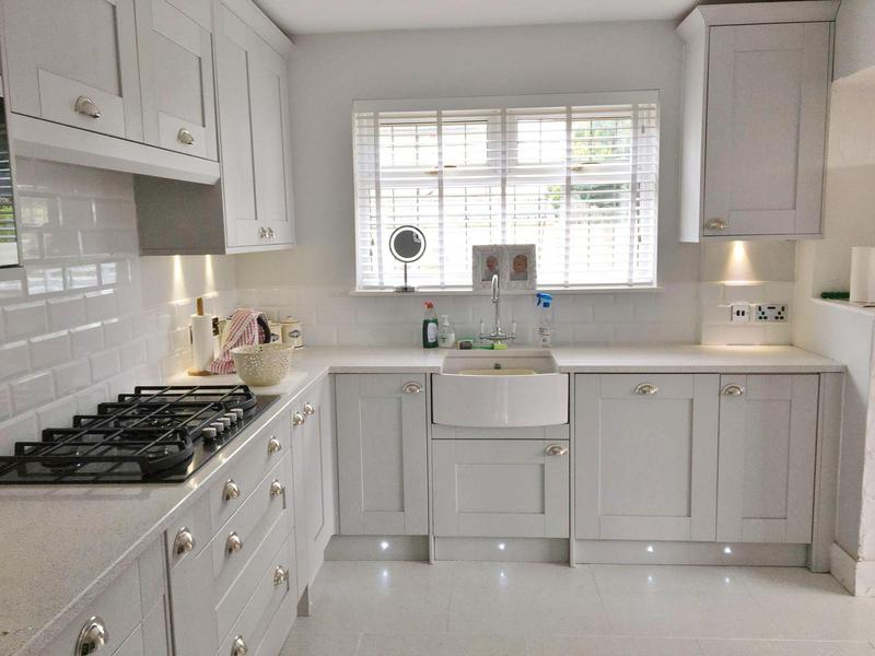 Image 1 - Little Gaynes Lane, New Kitchen
