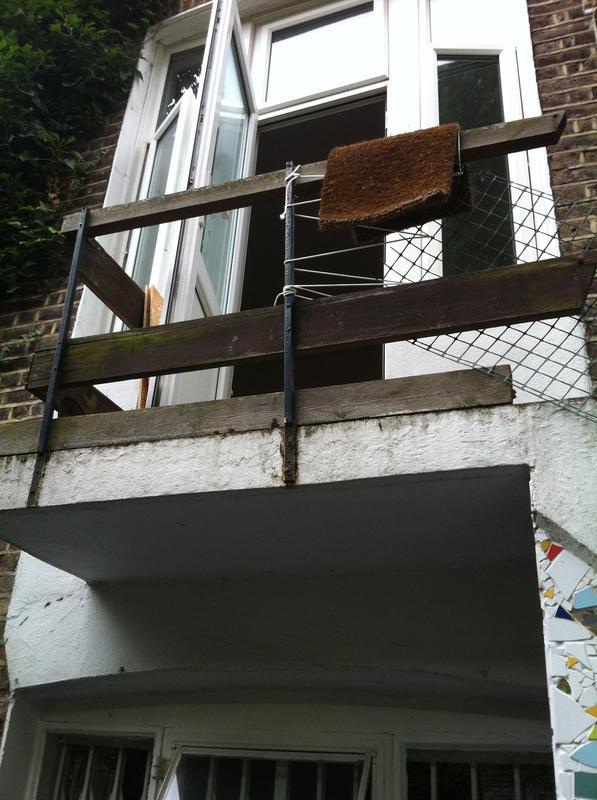 Image 46 - Rotten Hand Railing To Balcony & Staircase