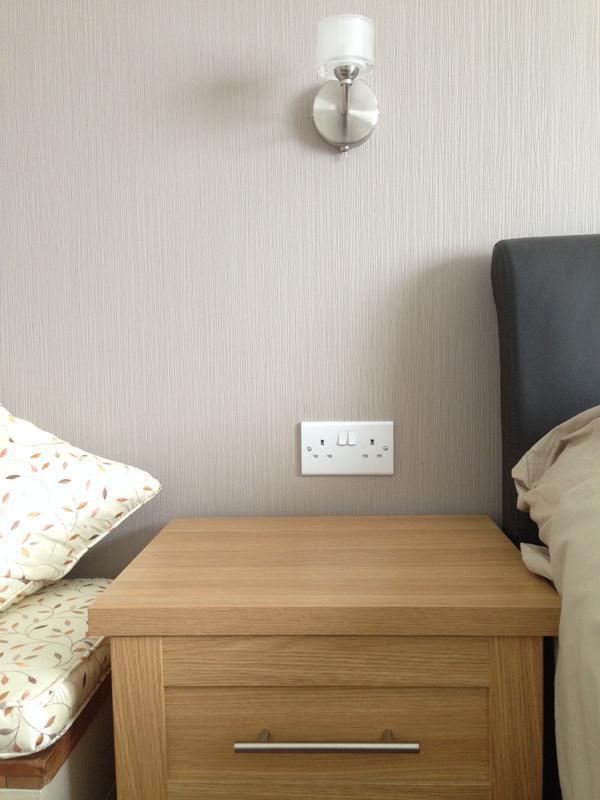 Image 46 - Bedside height
