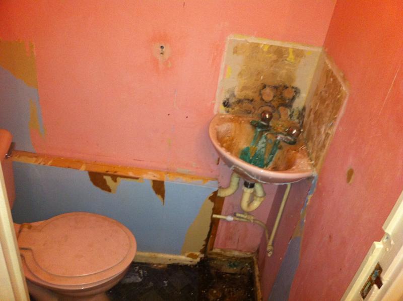 Image 1 - Cloakroom toilet in harlow. (before)