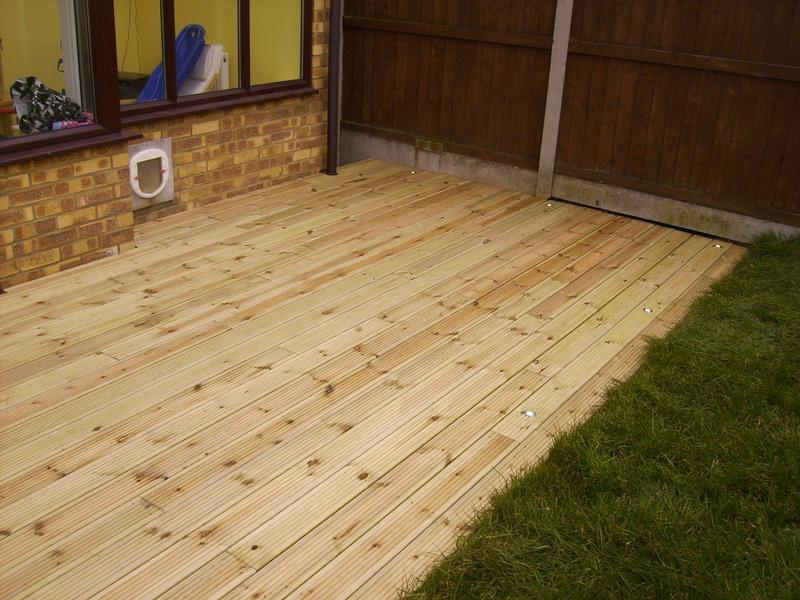 Image 31 - flush deck with inset lighting