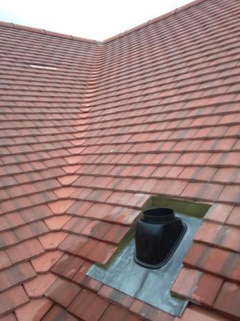 Image 4 - Maidstone Redland plain tile cottage roof renewal.