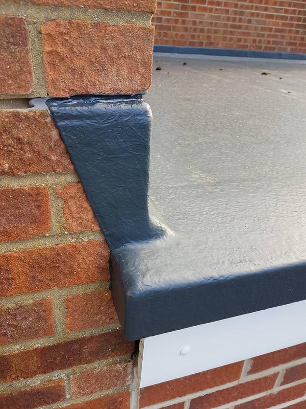 Image 209 - Flat roof fibreglassed, 20 year guarantee