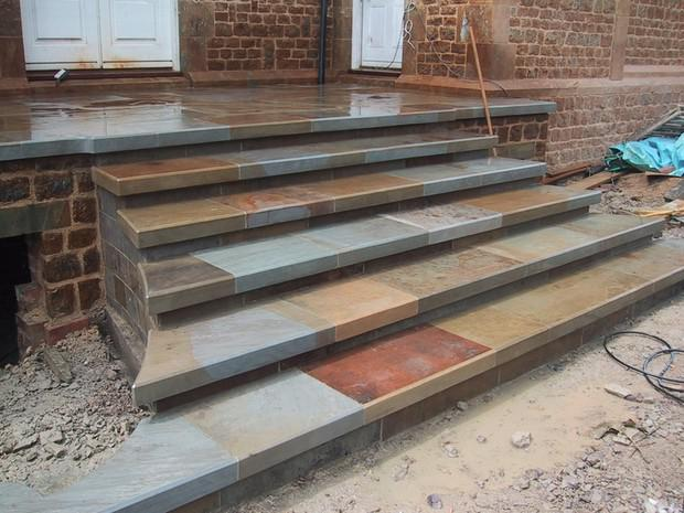 Image 33 - Reclaimed Yorkstone, fabricated to form steps.. (wet)