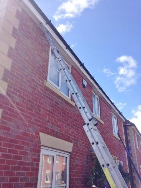 Image 11 - Gutter realignment