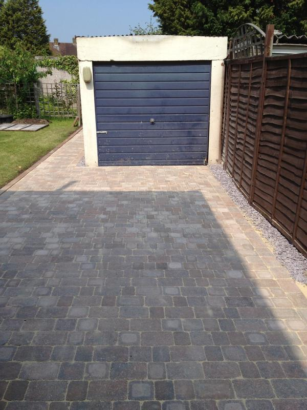 Image 2 - Cobble Style Driveway