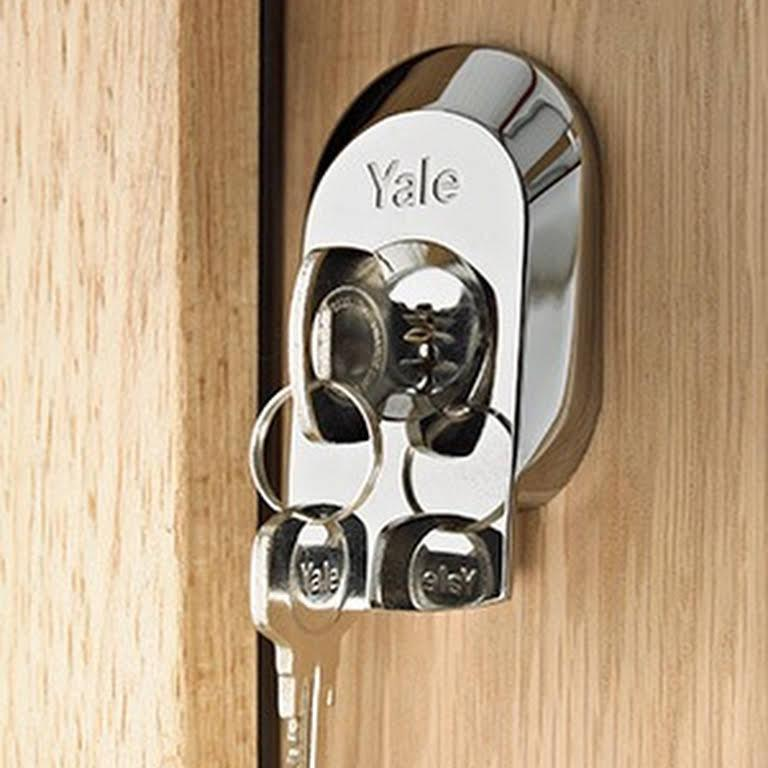 Image 20 - Lock Fitting