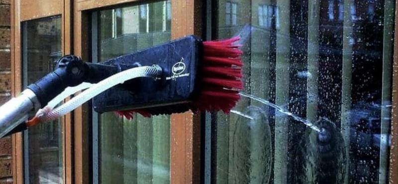Image 11 - Water fed pole pure water window cleaning