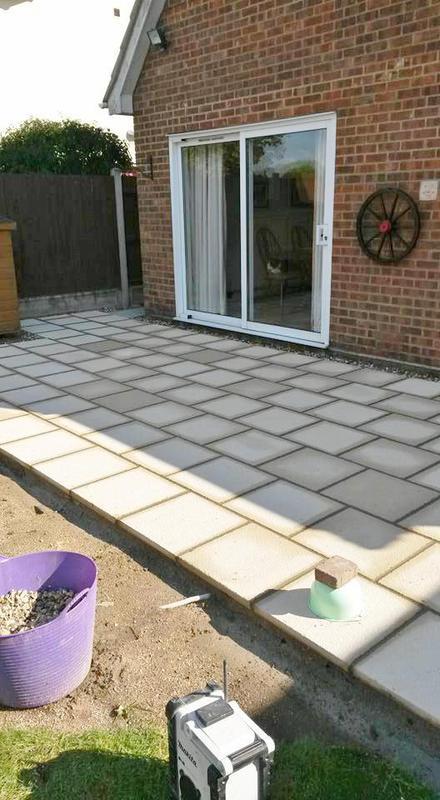 Image 222 - Cost effective patio in textured grey slabs
