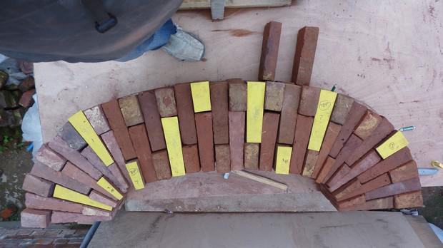 Image 42 - Multi Centered Brick Arch being fabricated on the bench