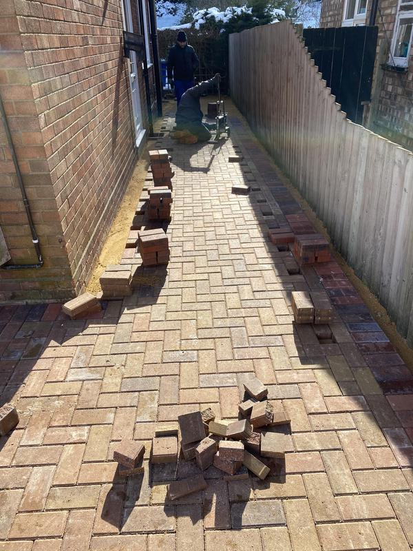 Image 69 - Bracken block paving