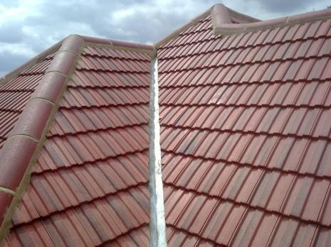 Image 27 - Barnehurst Redland interlocking 49s roof renewal