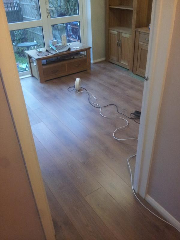 Image 8 - New laminate flooring fitted in Natalies lounge