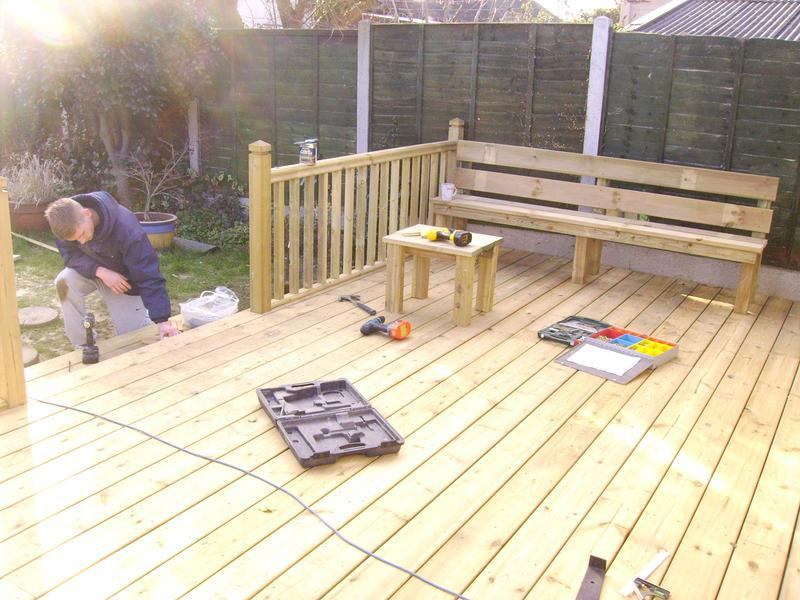 Image 21 - decking with seat