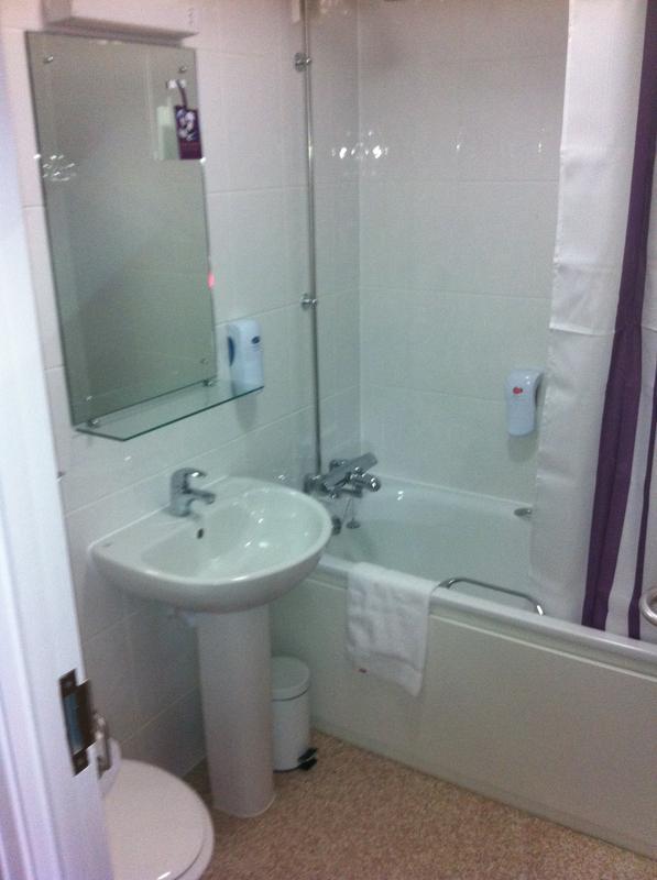 Image 19 - Example Of Finished Hotel Bathroom