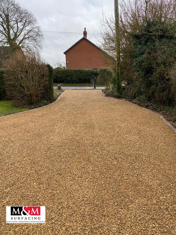Image 62 - Tar and chip driveway completed