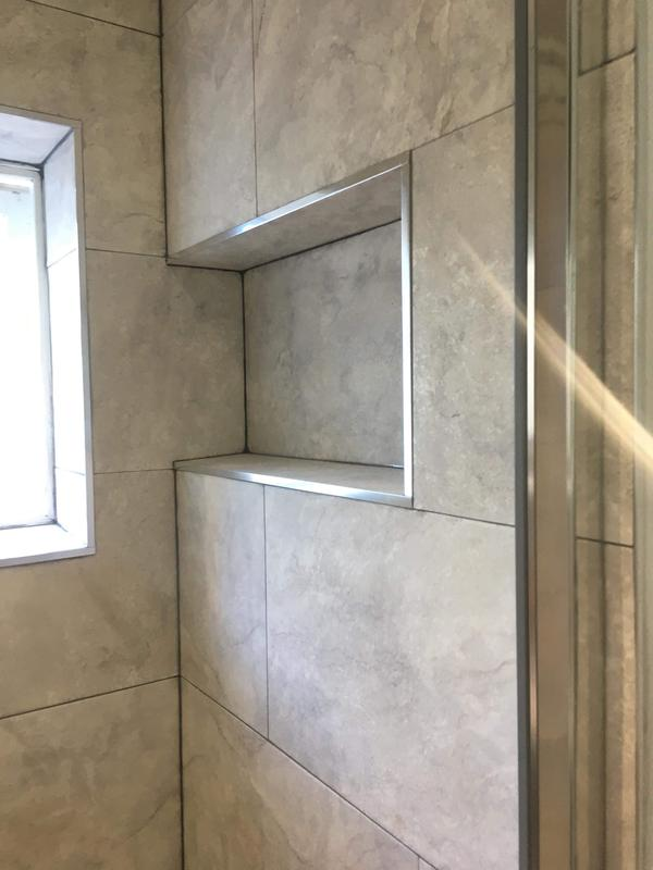 Image 17 - Alcove in shower wall
