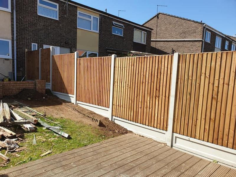 Image 138 - 6ft fencing, close board panels with concrete gravel boards and posts