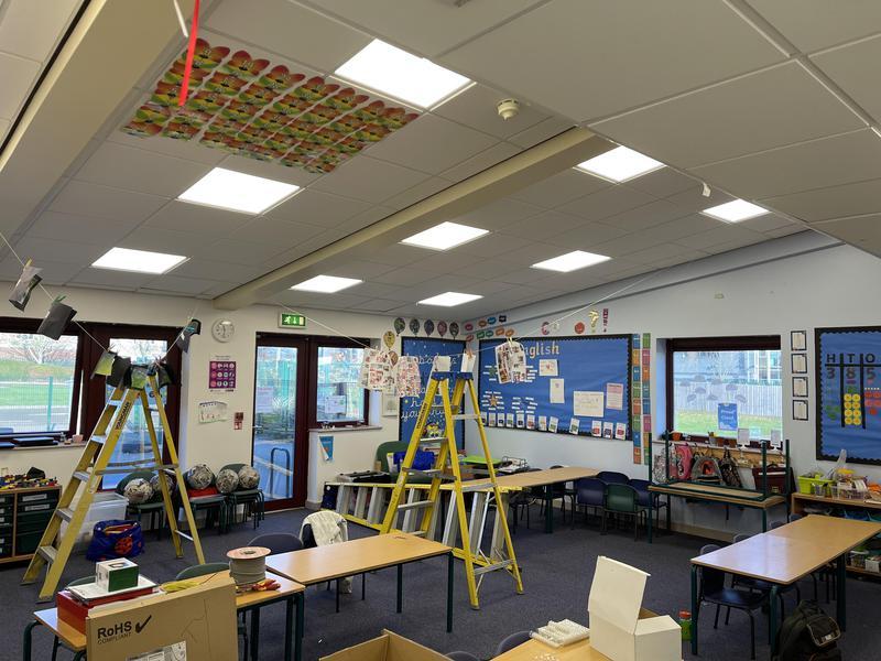 Image 86 - School lighting