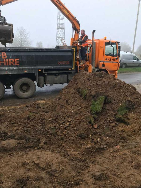 Image 35 - garden and driveway installation in great massingham
