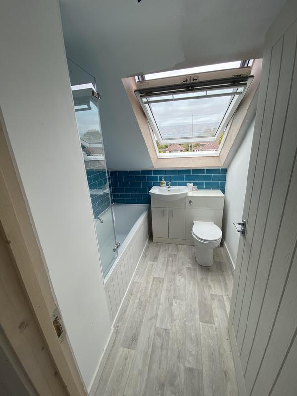 Image 79 - Bathroom