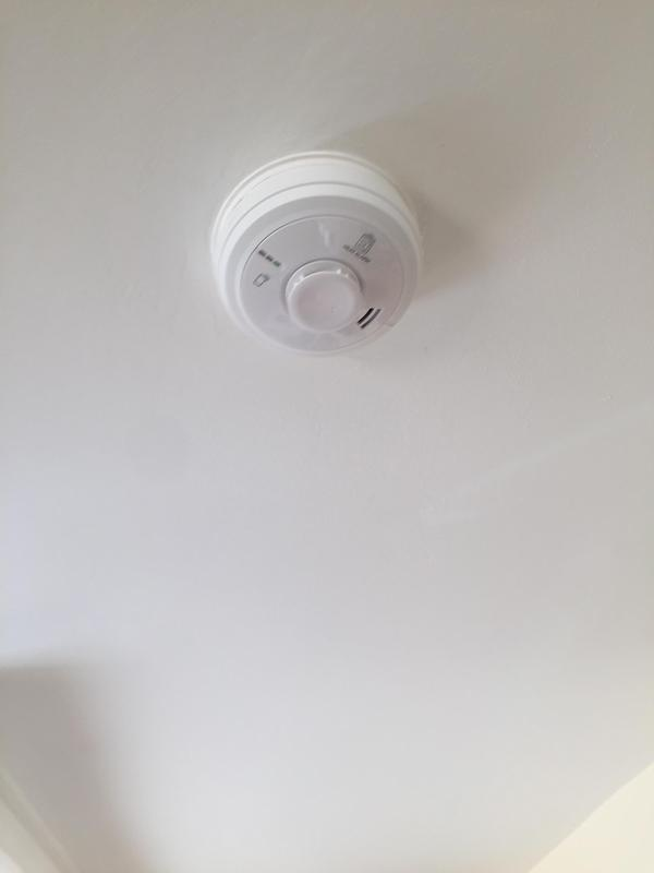 Image 4 - Aico heat alarm detection installed in kitchen
