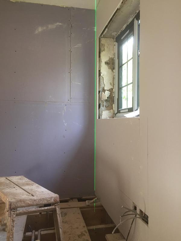 Image 27 - Laser level drylining