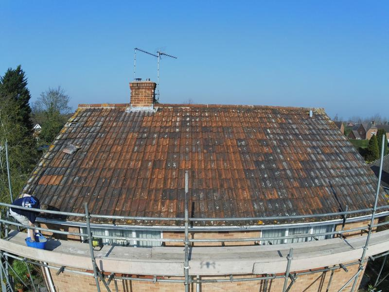 Image 18 - Old roof waiting to be stripped new felt batons and roof tiles