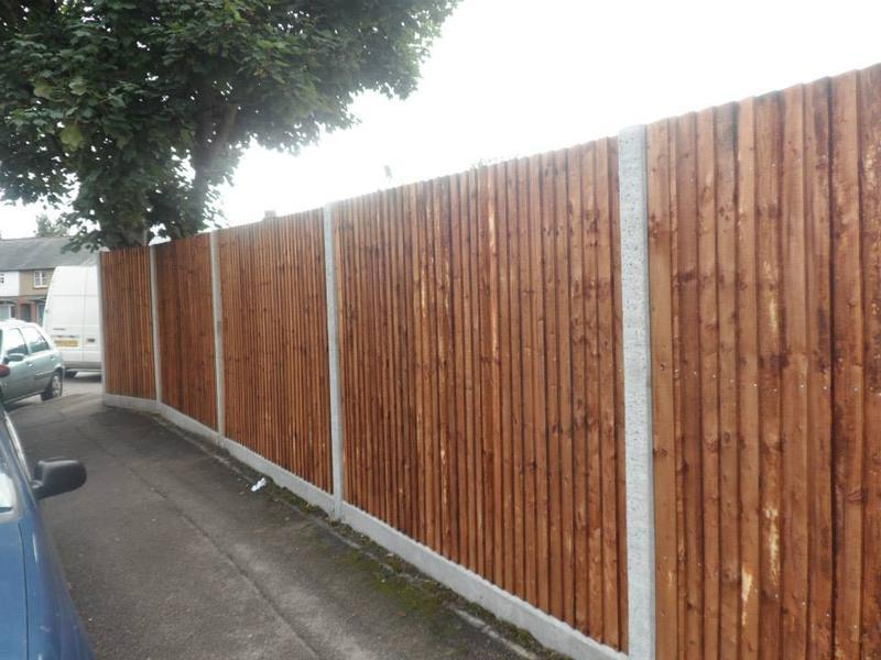Image 62 - 6ft close boarded fence with concrete morticed posts timber arris rails and concrete gravel boards