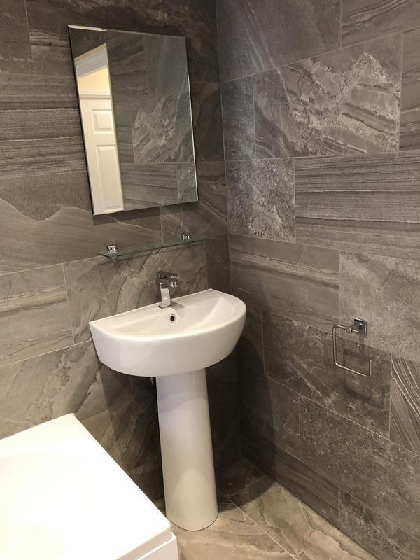 Image 21 - Bathroom