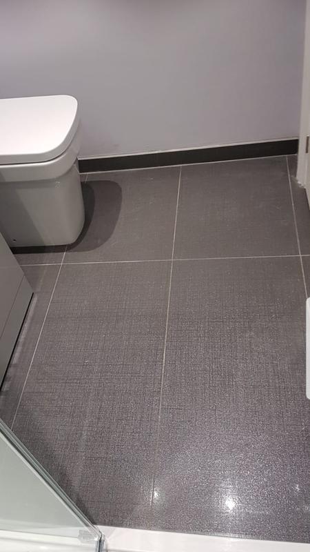 Image 12 - Tiled floor finish