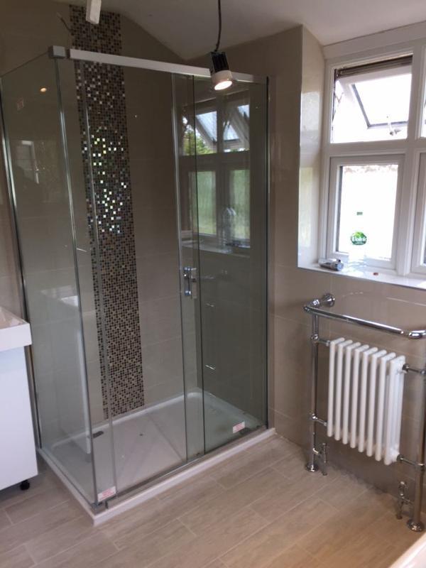 Image 40 - bathroom hayes