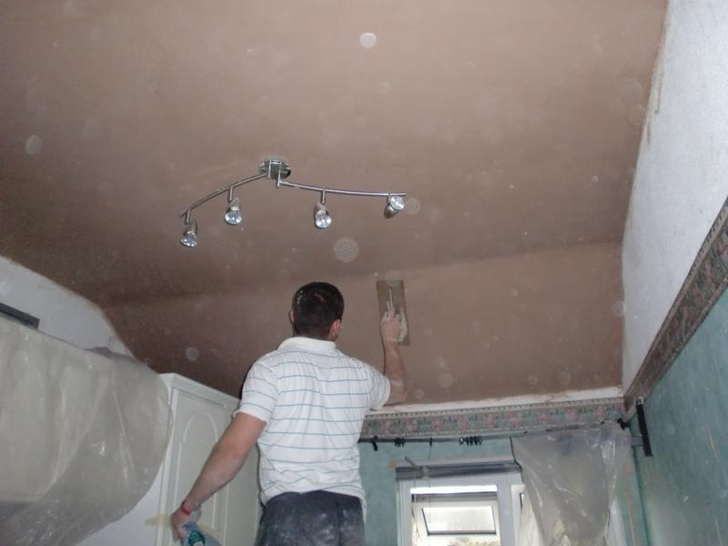 Image 16 - Damaged ceiling now complete