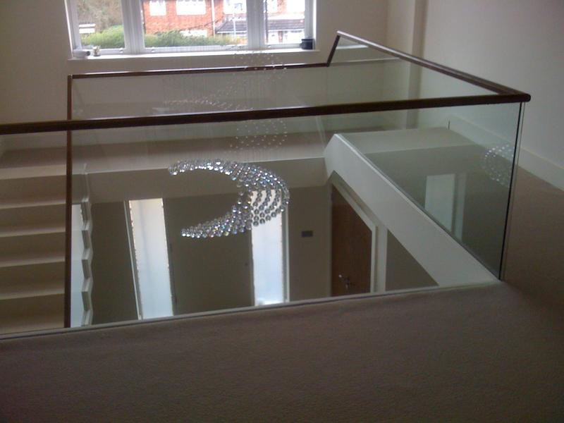 Image 1 - 10mm clamped balustrade