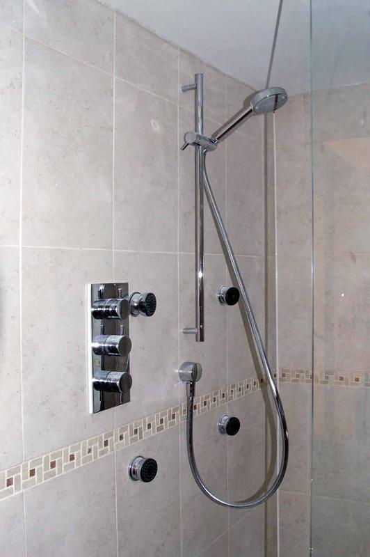 Image 12 - Shower Room Upminster
