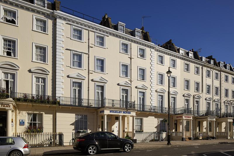 Image 3 - External decorating - Stanley House Hotel - Pimlico