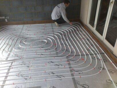 Image 18 - Underfloor heating