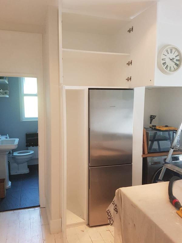 Image 20 - Fridge tower unit to fit into alcove openings. To match existing kitchen.