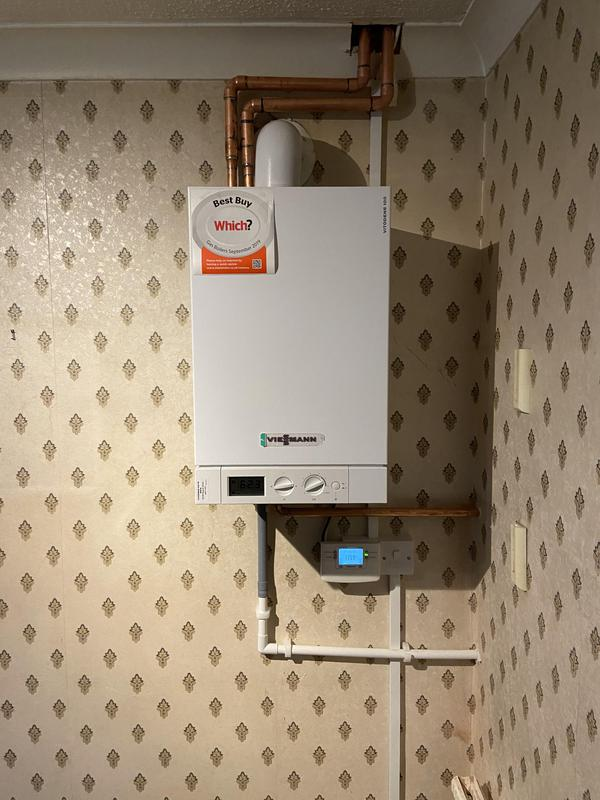 Image 17 - New 35 kw heat only Viessmann boiler with 10 year warranty