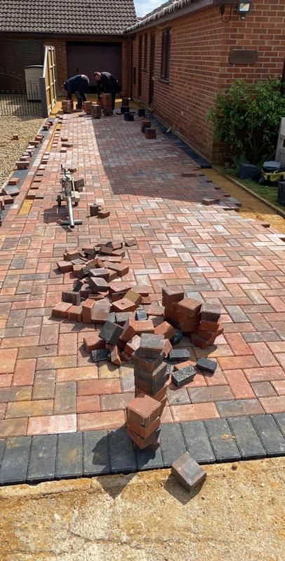 Image 36 - Block paving