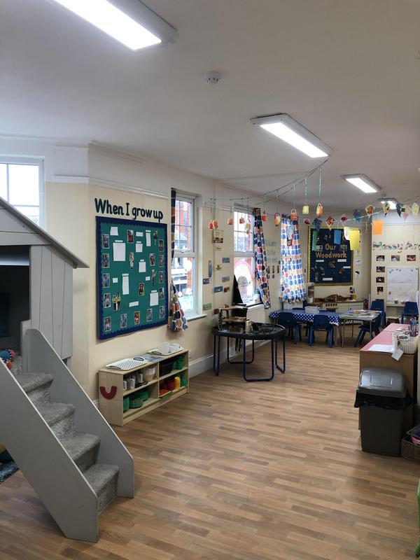Image 46 - LED lighting in a nursery school