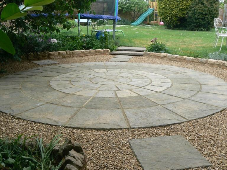 Image 11 - Circle and gravelled area after using original slabs