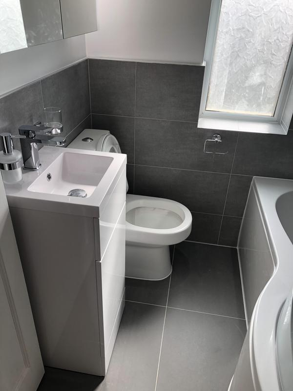 Image 28 - Bathroom