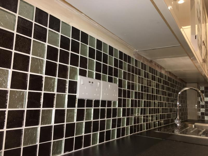 Image 60 - Kitchen splash back tiled mosaics