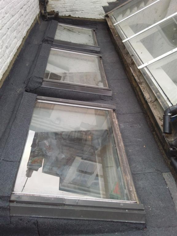 Image 11 - Skylights in flat roof