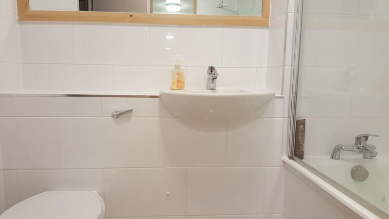 Image 156 - CLAPHAM - BATHROOM REFURBISHED