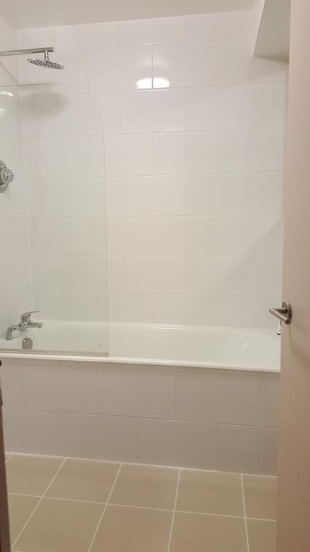 Image 158 - CLAPHAM - BATHROOM REFURBISHED