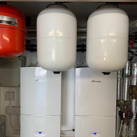 Image 4 - 2 x Worcester Bosch Compact I 30Kw system boilers