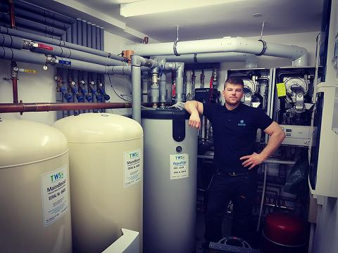 Image 19 - Putney Plant room with two Vaillant boilers clutched together by WH95 Vaillant low loss heade, 3 cold water stuart turner accumulators, high pressure hot water cylinder