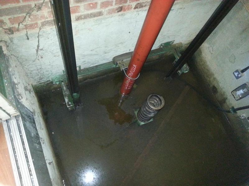 Image 28 - water ingress present in lift-pit.